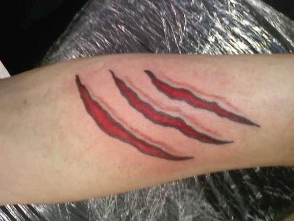 claw marks tattoo rh ratemyink com wolverine claw mark tattoo tiger claw mark tattoos