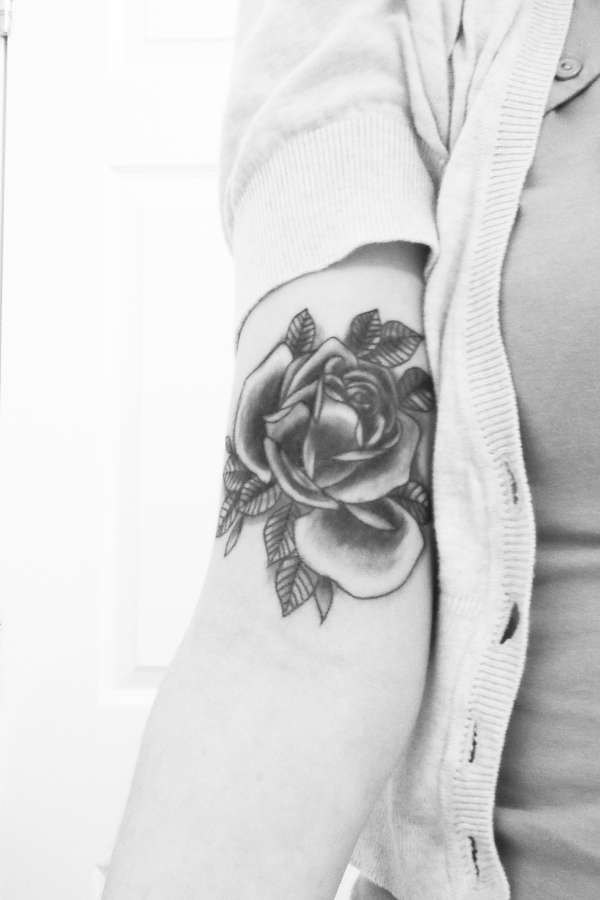 Black and grey traditional rose tattoo for Traditional black and grey tattoo