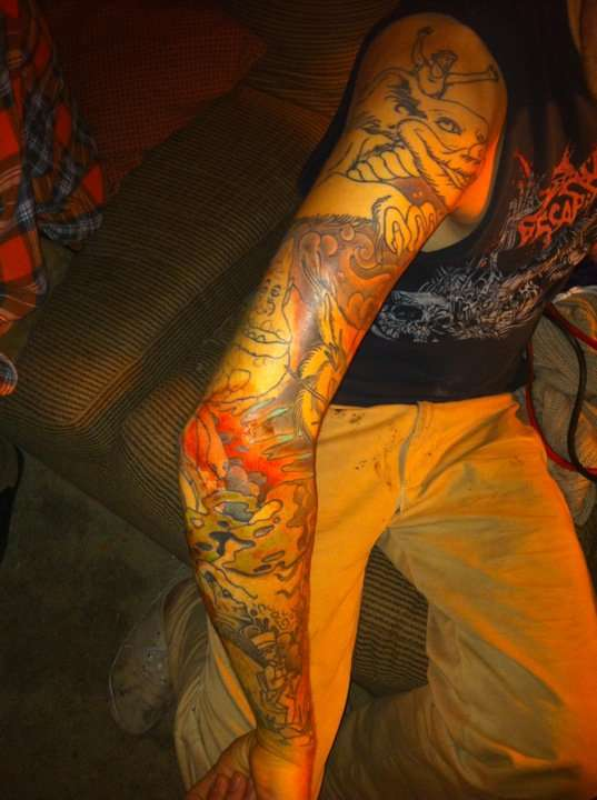 Ganz und zu Extrem neverending story sleeve tattoo &UA_02