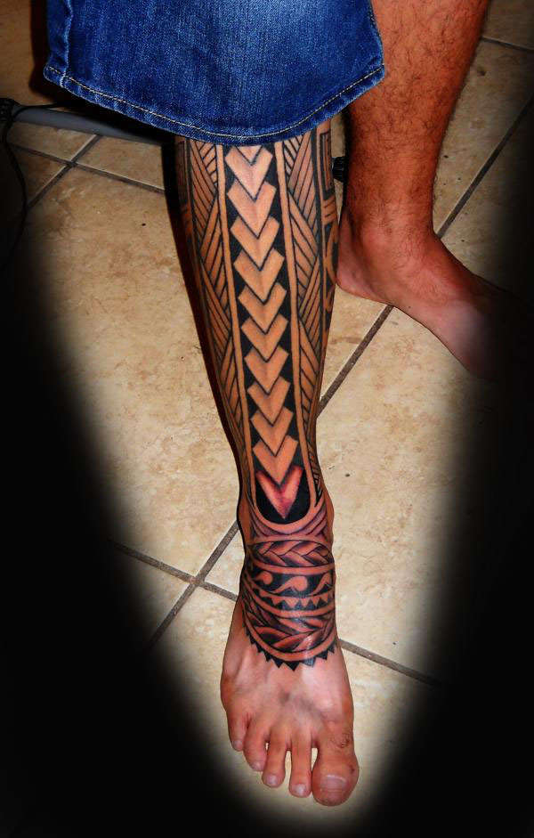 Polynesian tattoo leg for Polynesian thigh tattoo