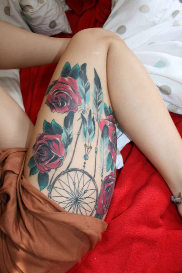 dream catcher and roses tattoo
