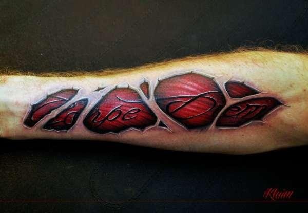 skin cutting tattoo