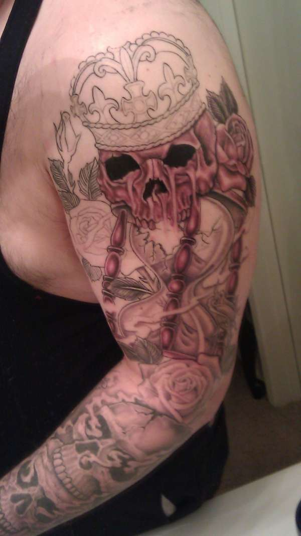 Shoulder more shading tattoo
