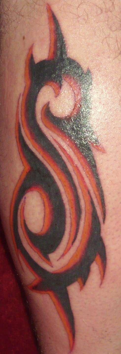 Slipknot symbol tattoo pictures to pin on pinterest for Tattoos slipknot logo