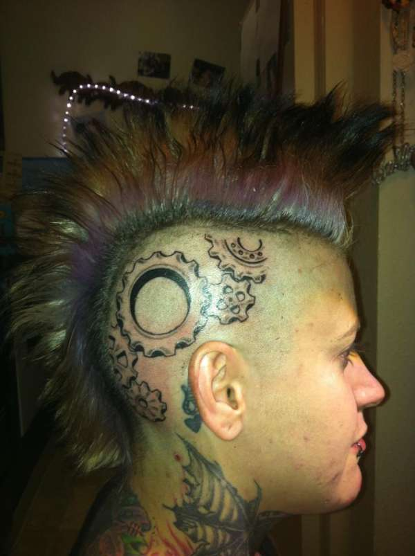 Right side of head tattoo for Tattoos on side of head