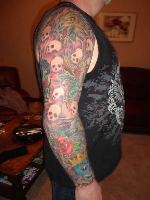 Old school sleeve tattoo for Old school tattoo sleeve