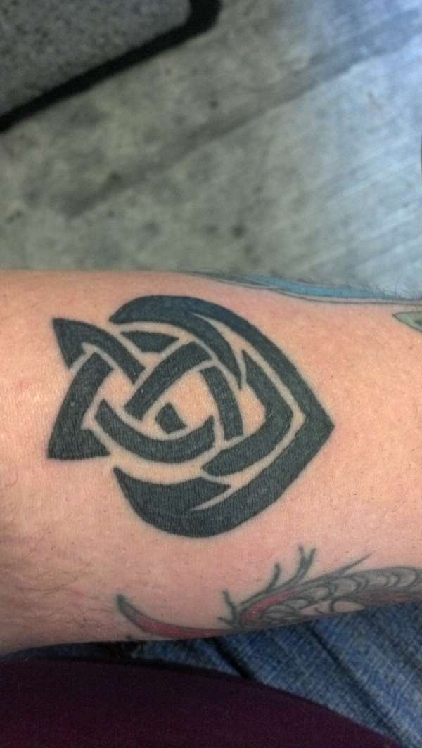 Brothers Of The Arrow Celtic Knot Tattoo