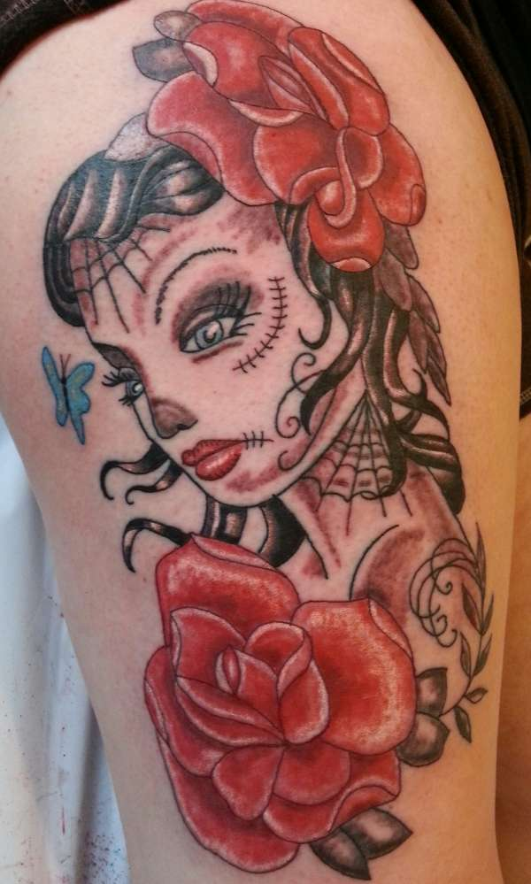 feminine skull girl tattoo
