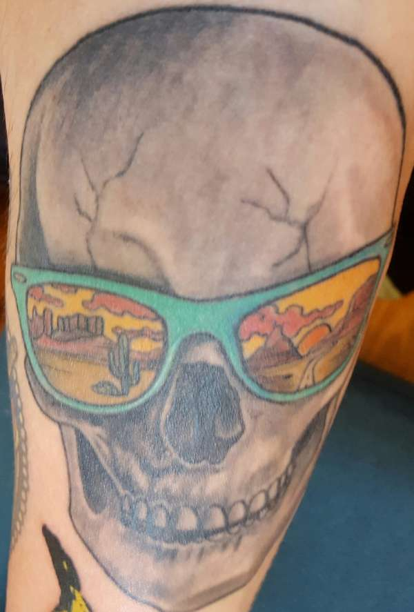 5246597c4c Skull with reflection on sunglasses tattoo