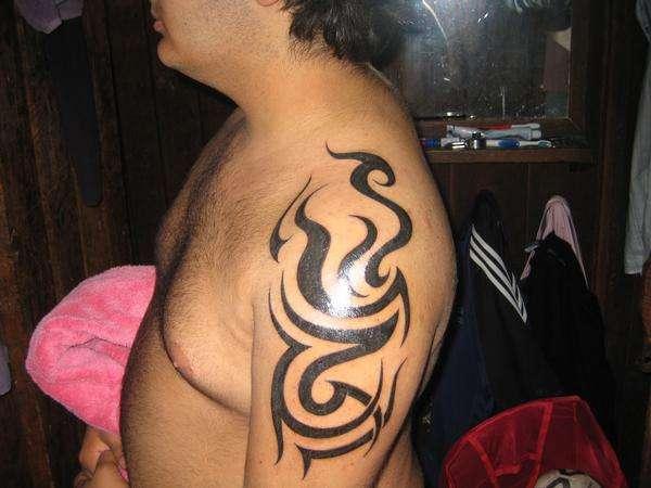 Arm/Shoulder Tribal tattoo