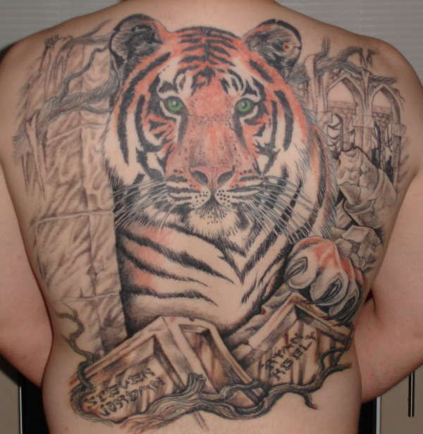 tiger backpiece tattoo