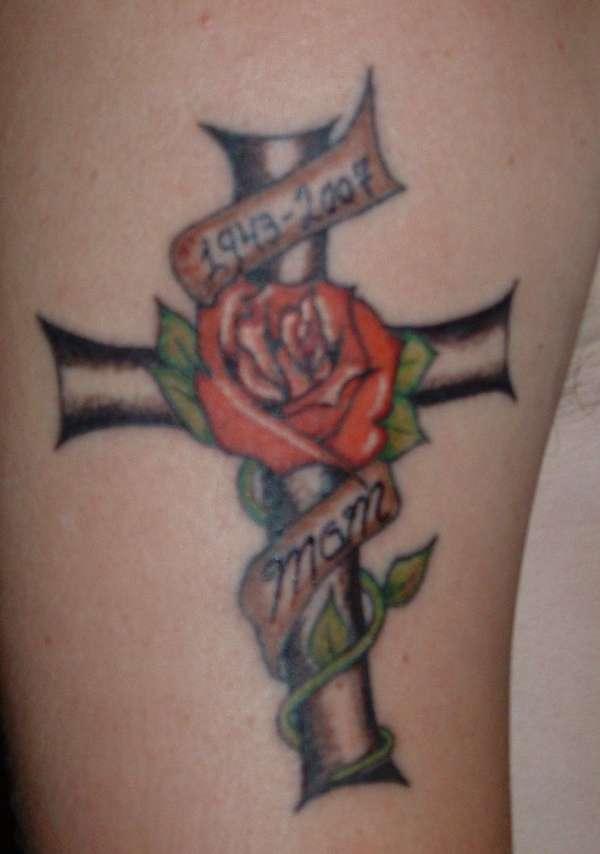2c1511eed cross/rose tattoo