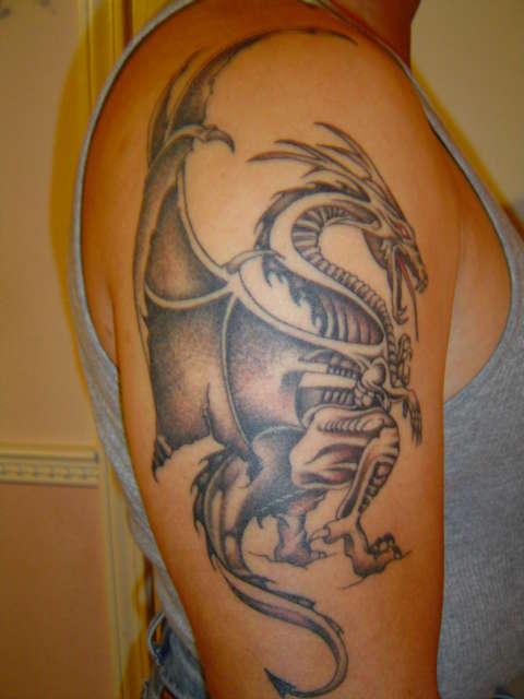 Dragon Tattoo Over Shoulder: Dragon On Right Shoulder Tattoo