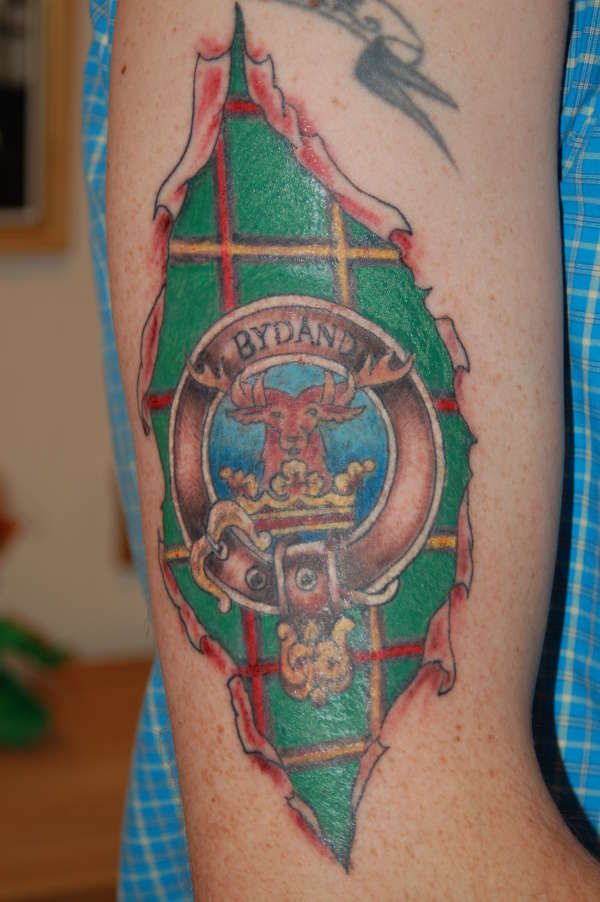 Scottish family crest tattoos pictures to pin on pinterest for Buchanan clan tattoo