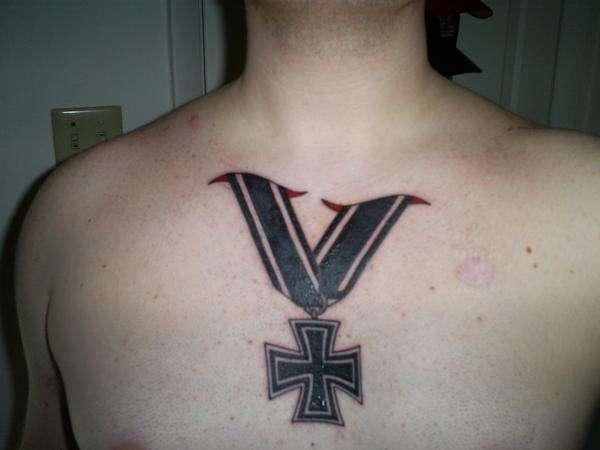 Cross tattoo iron cross tattoo publicscrutiny Gallery