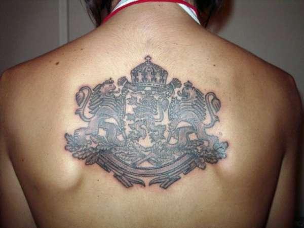 Dess's back tattoo