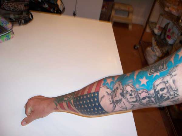 Mount Rushmore & American Flag tattoo