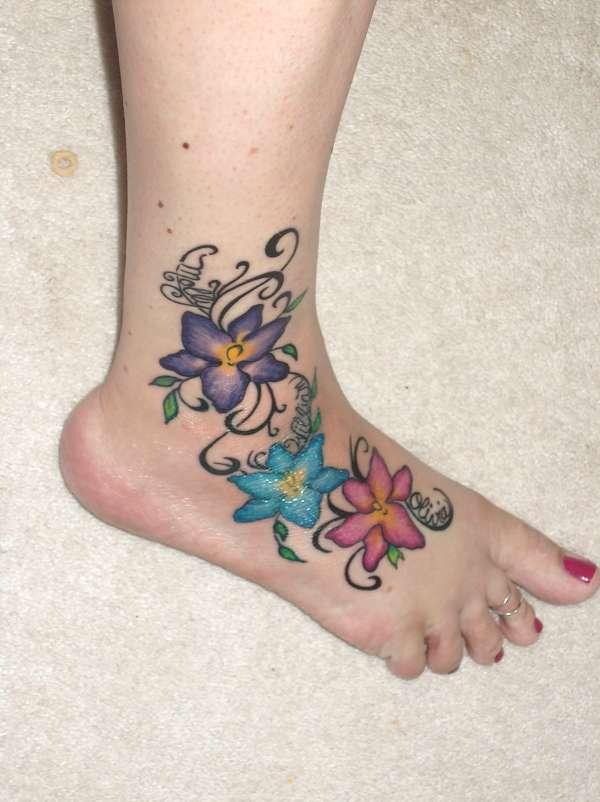FLOWERY FOOT tattoo