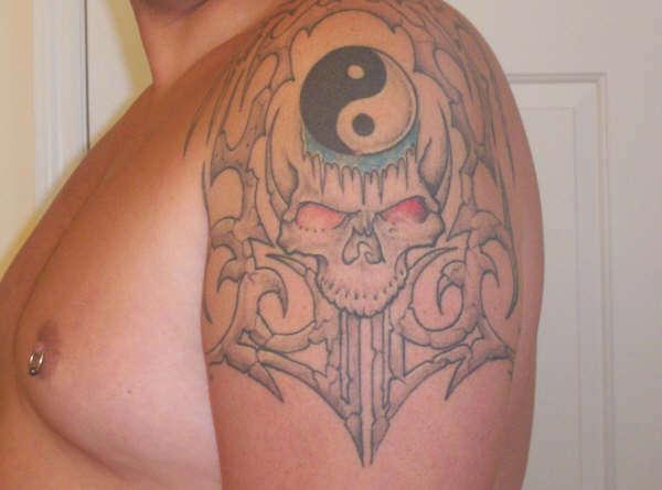 stone shaded skull tattoo