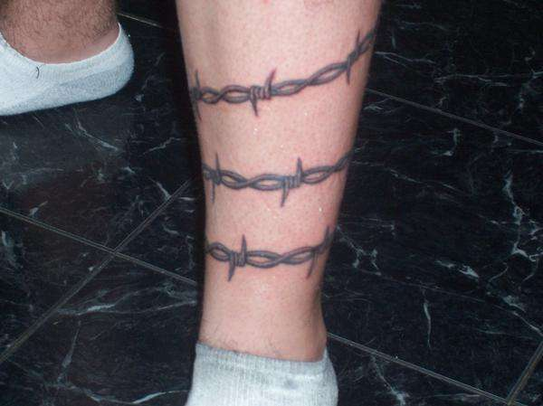 Barbed wire tattoo for Barb wire tattoos arm