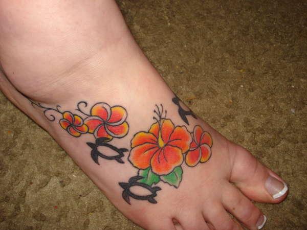 hawaiian souvenir tattoo