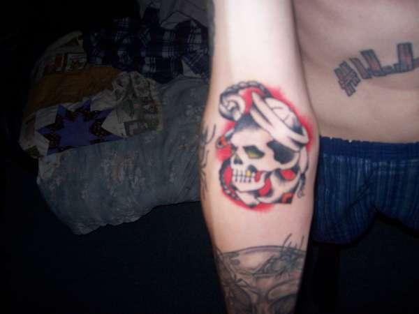 Skull Anker Tattoo