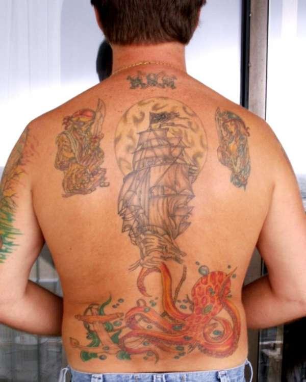 Pirate ship / Octopus tattoo