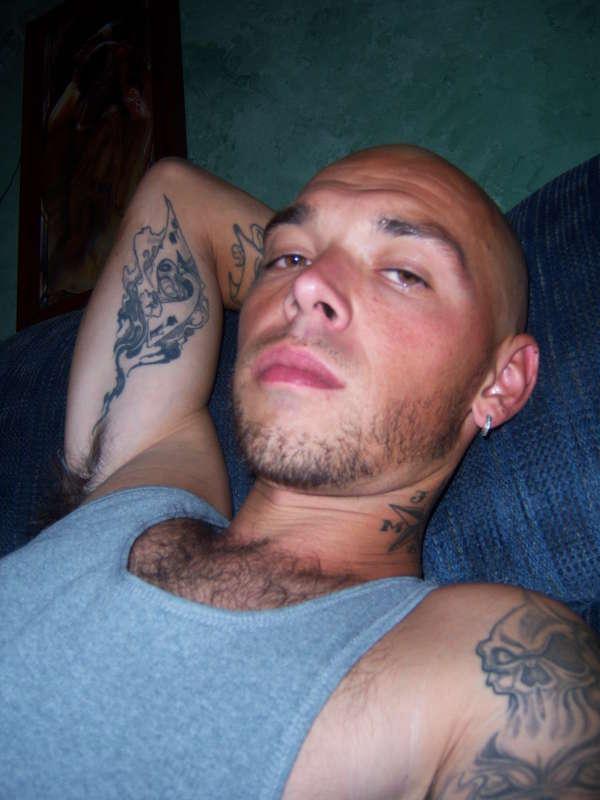 ca8d2b1a4 last login: 2010-10-02 age: 35 gender: Dude location: hampton va email:  sean_hardisty@yahoo.com